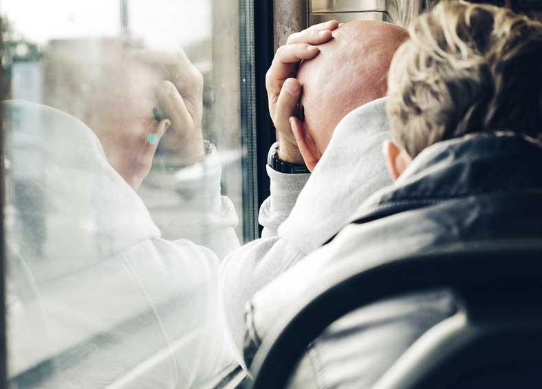 Im März steigt die Zahl akuter Depressionen