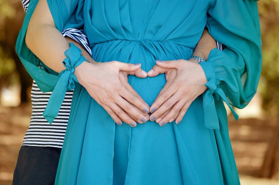 Fünf Hebammentipps für den Weg zur achtsamen Geburt