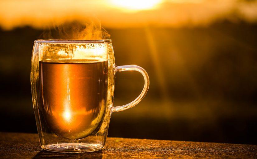 Magenverstimmung: Tees mit Anis, Fenchel oder Kümmel helfen