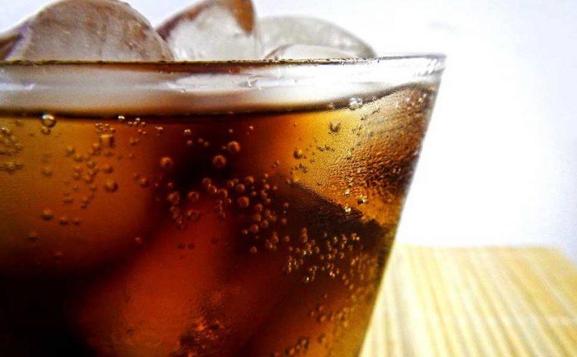 Gesundheitsexperten fordern Limo-Steuer und Marketingbeschränkungen