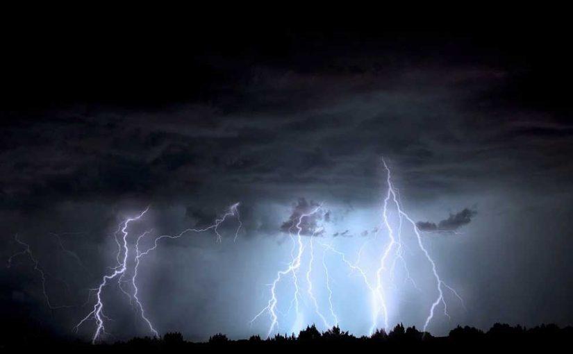So schützen Sie sich vor Blitz und Donner